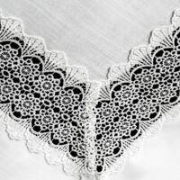 verona-csipkes-asztali-futo-natur-40-x-140-cm-kozeli