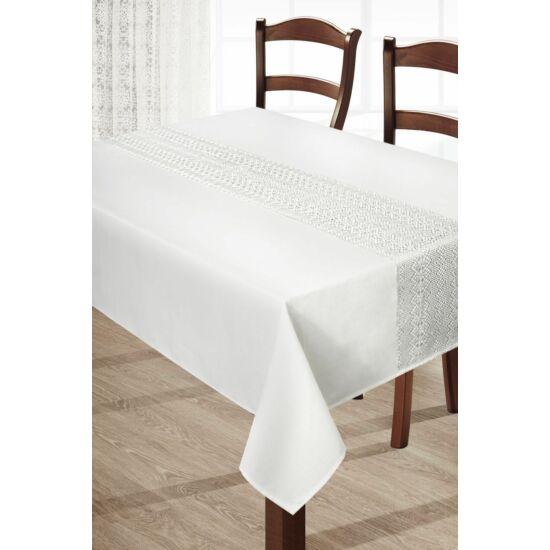 floral-csipkes-asztalterito-kremszin-150-x-220-asztalon