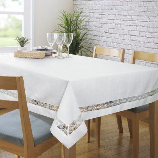 Selma csipkés asztalterítő