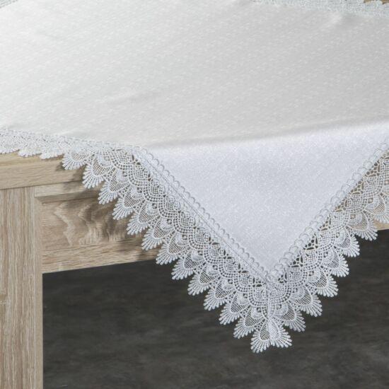 anika-csipkes-asztalterito-natur-80-x-80-cm-asztalon