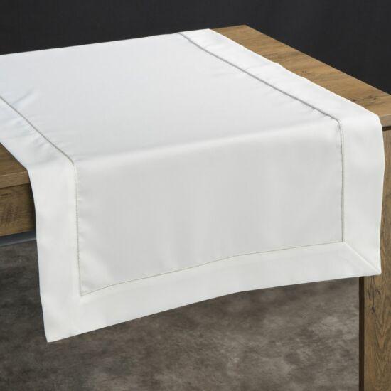 karin-asztalterito-ezust-85-x-85-cm-asztalon