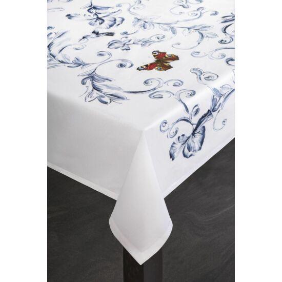 marika-foltmentes-asztalterito-kremszin-85-x-85-cm-asztalon